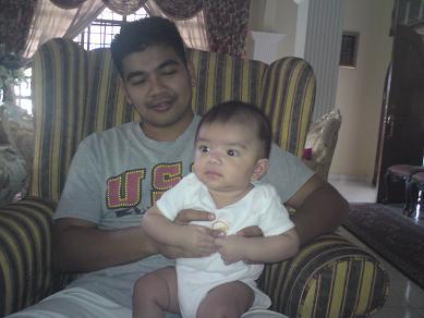 Aniq and Papi nya...
